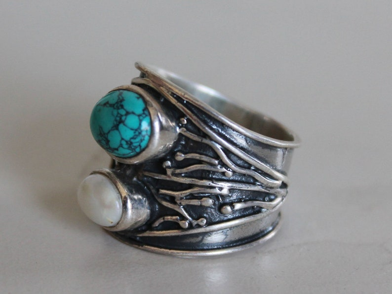 Fashion Statement Natural Gemstone Abstract Pearl /& Turquoise Oxidized Silver Ring For Her 925 Sterling Silver Elegant Exclusive Piece