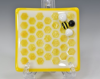 """Handmade Fused Glass Square Honeybee and HoneyComb Dish  #5   4"""" x 4""""  Food Safe"""