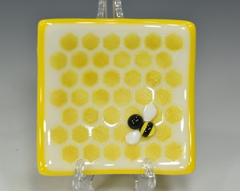 """Handmade Fused Glass Square Honeybee and HoneyComb Dish  #6   4"""" x 4""""  Food Safe"""