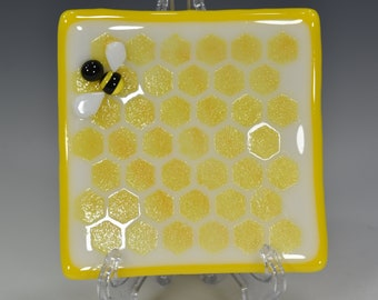 """Handmade Fused Glass Square Honeybee and HoneyComb Dish  #8 4""""x4""""  Food Safe"""