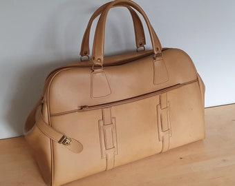 Vintage 70s weekend bag with zipper, faux leather, camel, unisex travel bag