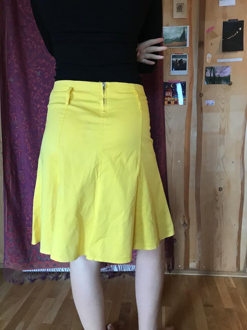 medium size zipper closure knee length Yellow vintage 90s skirt A-line design cotton fabric minimalist skirt summer skirt