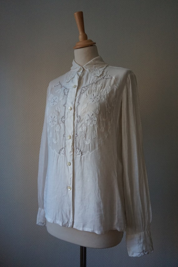1950's White Decorated Blouse