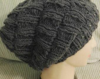 Pattern per creare un cappello da donna a coste a bambù 92e8c3c7b667