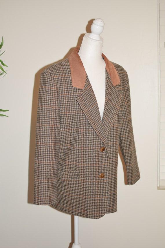 Vintage 80's/ 90's Plaid and tan blazer - image 7