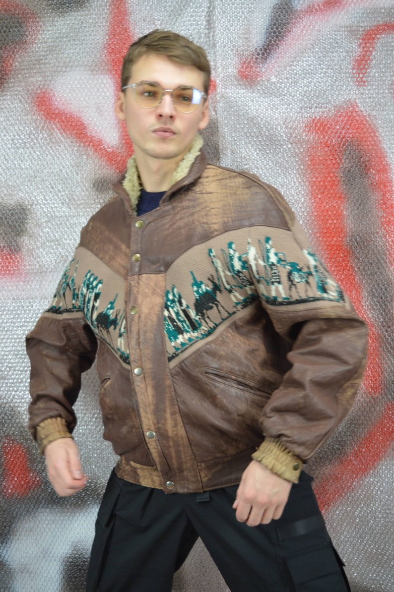 Vintage brown retro 80/'s graphic leather bomber jacket