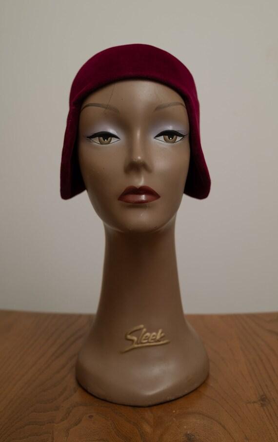 1920s Cherry Velvet Cloche Hat