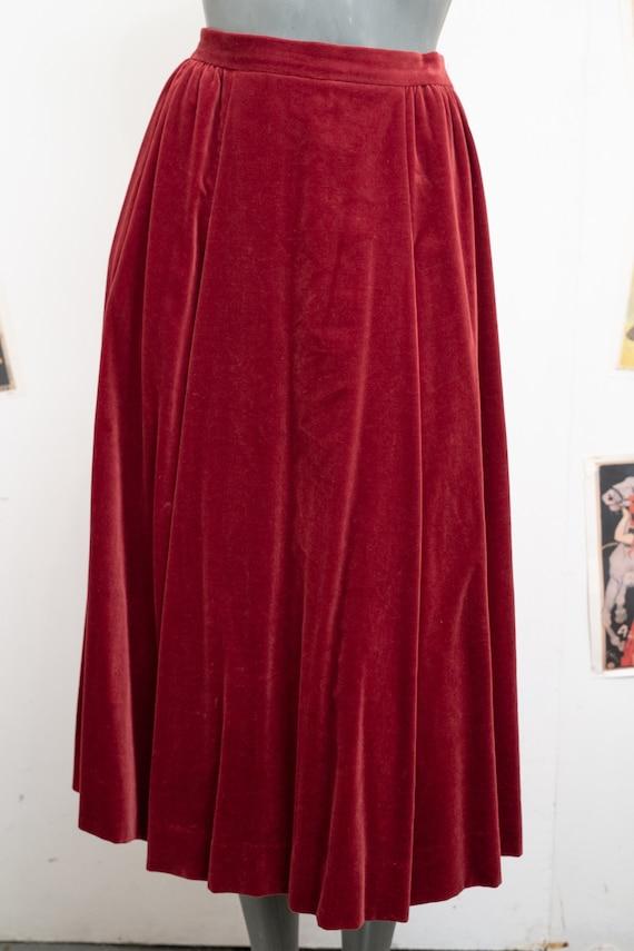 Jaeger Velvet  claret Skirt with Pockets
