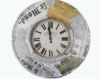 Wall clock Pariser Zeitung made of sheet metal diameter approx. 60 cm depth approx. 6 cm Original from a studio