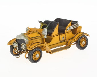 Sheet metal model Small vintage LBH approx. 15 cm x 6 cm x 7 cm (yellow)