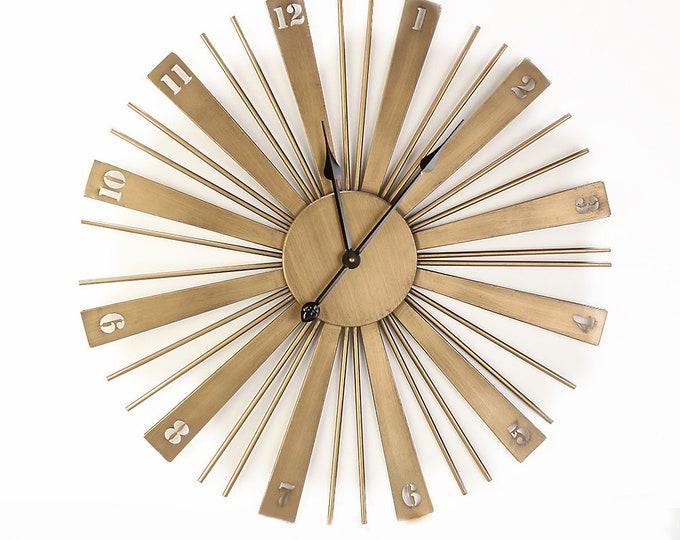 Wall clock matte gold size approx. 70x4.5 x 70 cm