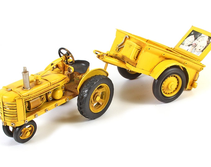 "Sheet model picture frame ""tractor with pendant"" yellow handmade size about 34x11x23.5 cm"