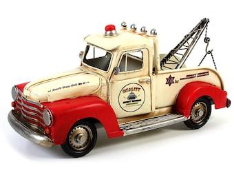 "Sheet metal model ""tow truck"" red/cream handmade size approx. 34x14x15.5 cm"