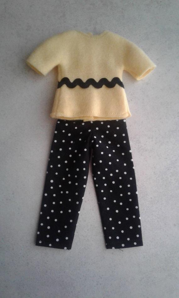 e70f377e3 Elf Charlie Brown shirt Elf black   white dot pants