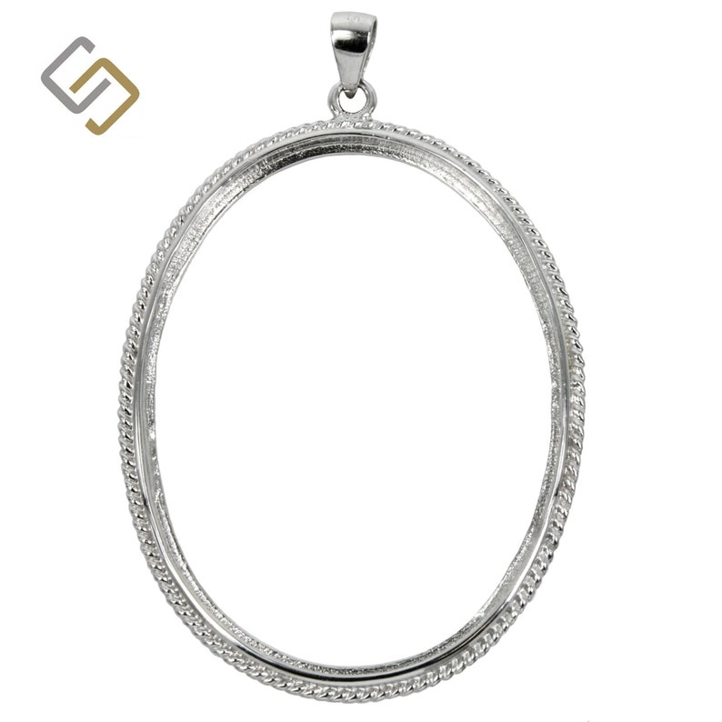 Oval pendant with classic twisty rope embellishment and soldered loop /& bail in sterling silver.
