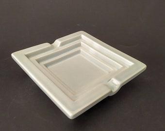 Bitossi ashtray ashtray ashere in vintage white ceramic pop art design Habitat 80s ashtray tray memphis style