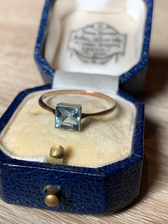Antique 9ct gold and silver paste ring