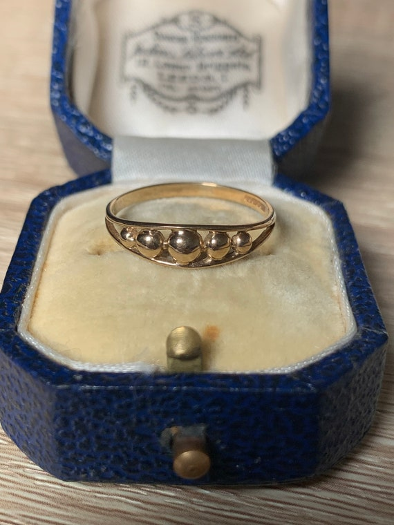 Vintage 9ct gold ring