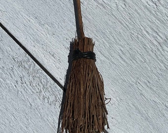 Witch Besom (6 in)