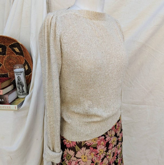 Natural Color Popover Sweater with a  Cute Beateau