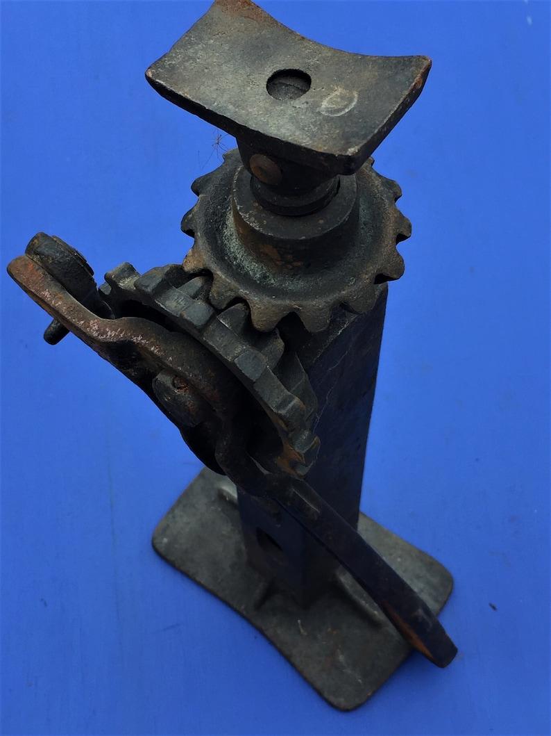 Antique Eureka Jack No 2, Vintage Auto Jack, Ashland Mfg Co