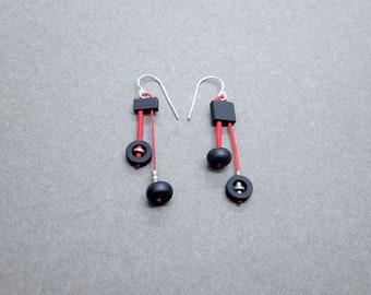Mismatched earrings. Black onyx and hematite asymmetric dangle earrings. Bauhaus style modernist abstract earrings