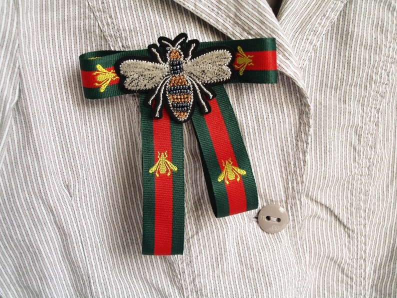 a21361d598 grosgrain bow brooch with bug, Red green ribbon, bow tie broach, Designer  inspired, bee brooch pin, red green bow, asymetrical bowtie women