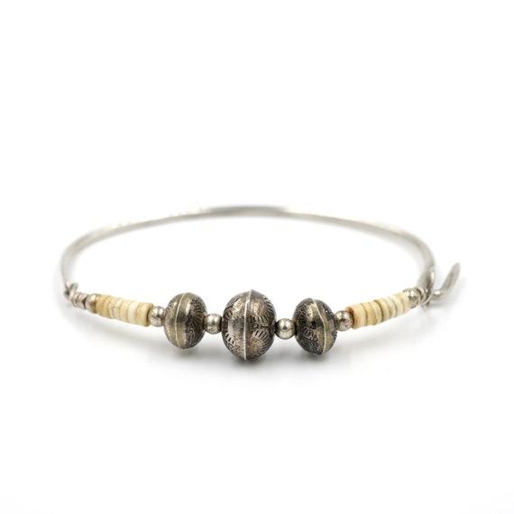 Unique Sterling Silver & Heishi Bead Bracelet // 6