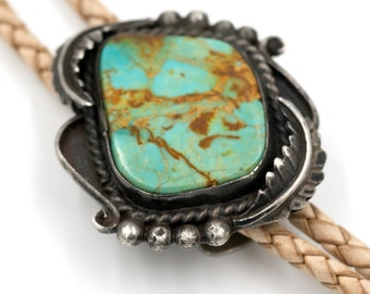 Sterling & Turquoise Bolo // Classic Vintage Bolo // Turquoise and Sterling Bolo Tie // Vintage Southwestern Style
