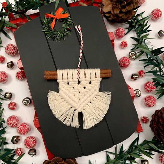 Rainbow Macrame /& Cinnamon Sticks Christmas Ornaments
