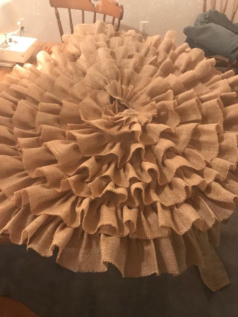 Burlap Tree Skirt image 0