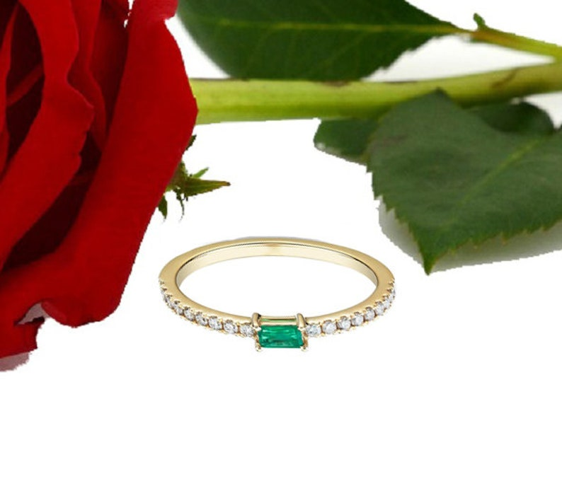 Precious Ring May Birthstone Ring Engagement Ring Size Select 14k White Gold Natural Emerald /& Diamonds Round Shape Gemstone Ring