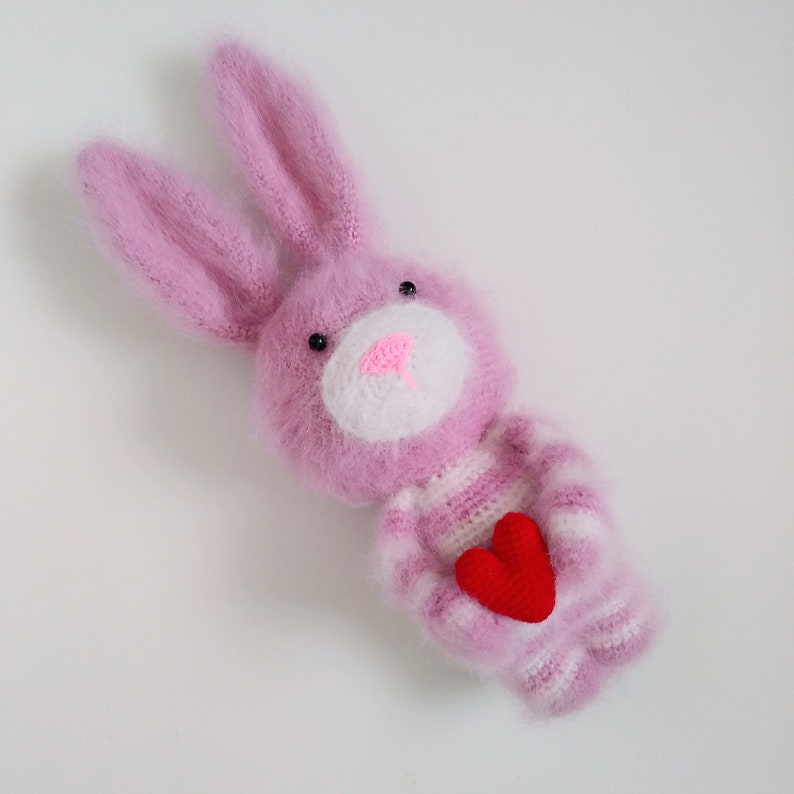 CUTE AMIGURUMI | SLEEPING RABBIT | FREE PATTERN TUTORIAL - YouTube | 794x794