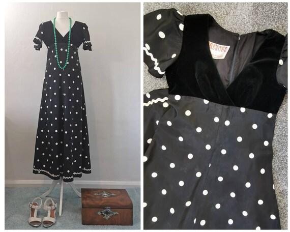 Dolly Rockers Maxi Dress - 60s Maxi Dress - White