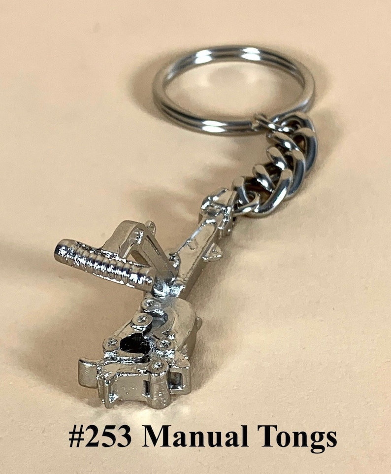 Oilfield keychains keyring manual and power tongs drilling mud motor  oilfield gifts oil and gas drill rig roughneck award
