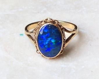 hand made, 5.8 carat Opal gold  pendant 9 carat gold