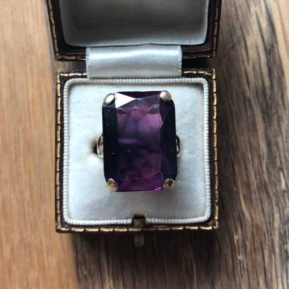 Large Art Deco Amethyst Gold Cocktail Ring - image 6