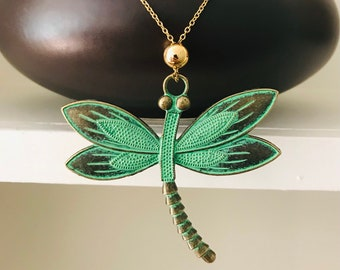 Dragonfly Necklace Gold for Women, Green Patina Necklace for Girlfriend, Christmas Gift Jewelry for Her, Stocking Stuffer for Teen Daughter