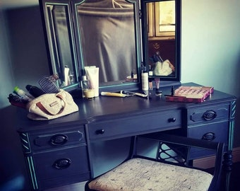Antique Vanity With Mirror Etsy