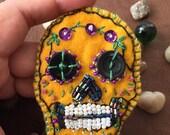 Handmade brooch - sugar skull - Handembroidered - wearable art