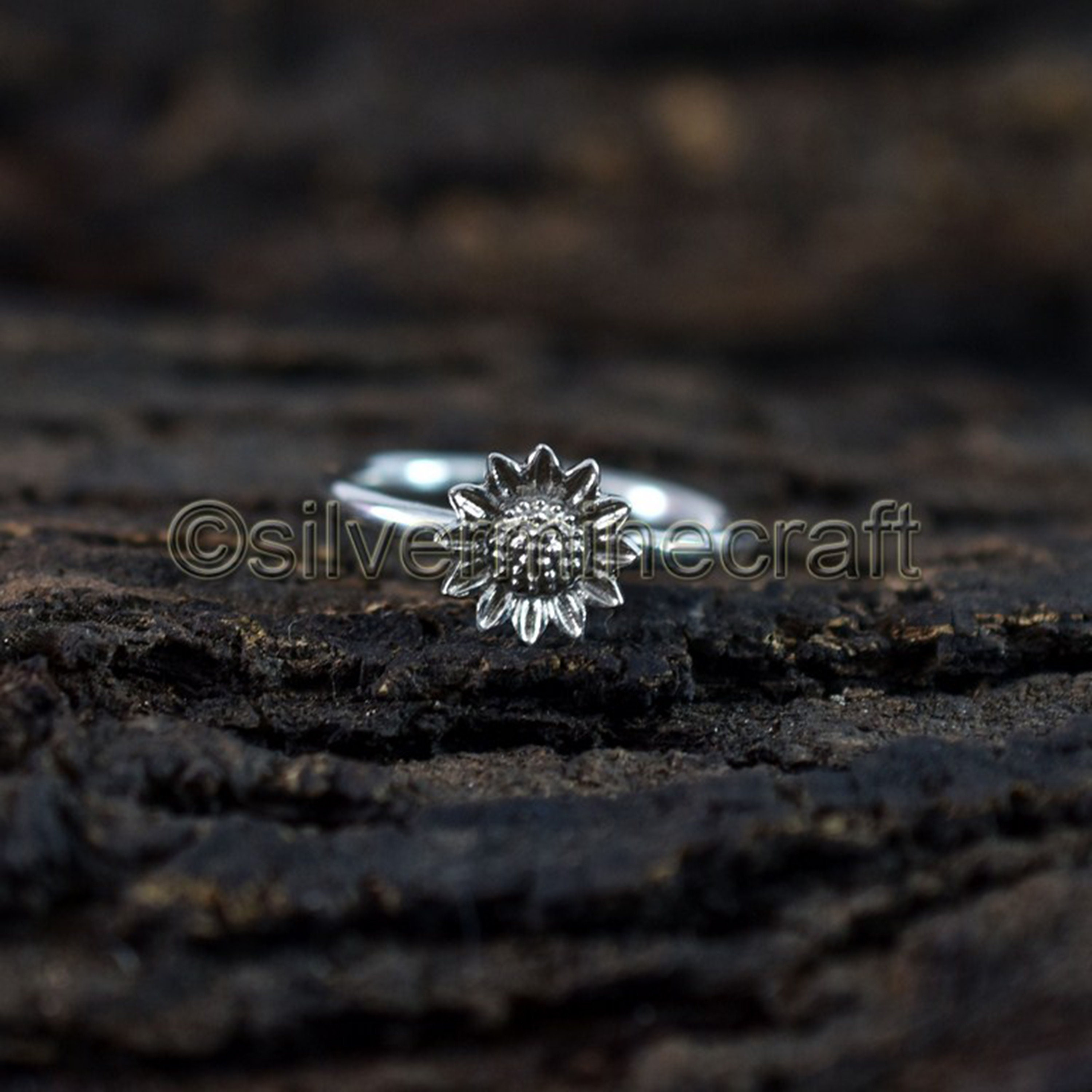 PRETTY SUNFLOWER BAND Ring All Genuine Sterling Silver.925 Stamped Size 5