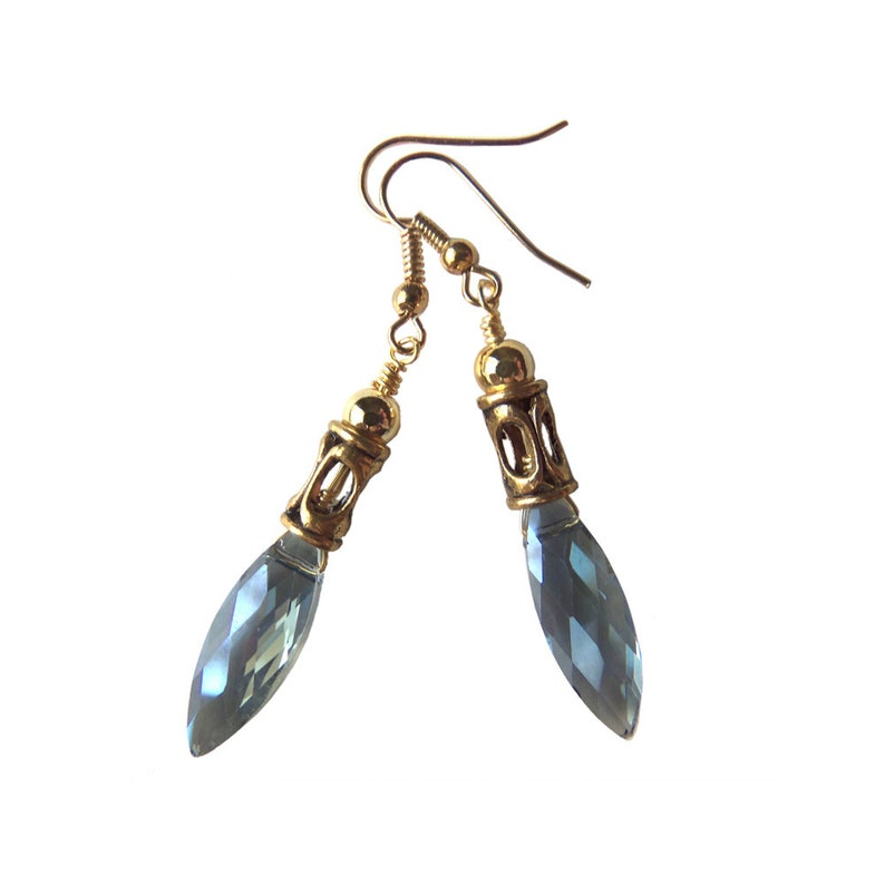 League of Legends Jewelry: Blue Nexus Earrings inspired by image 0