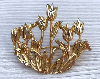 Beautiful Vintage Enamel Tulip Flower Pin Brooch Fashion Jewelry Fall Accessory Gardner Gift Tie Tack