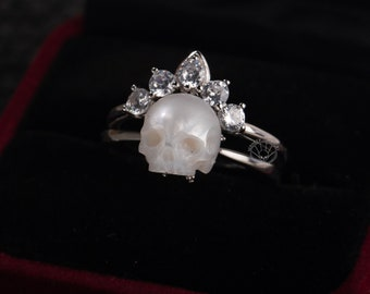 pearl skull ring ''be my queen'' skull with crown 2 pieces sterling silver rings gothic dark jewelry engagement ring