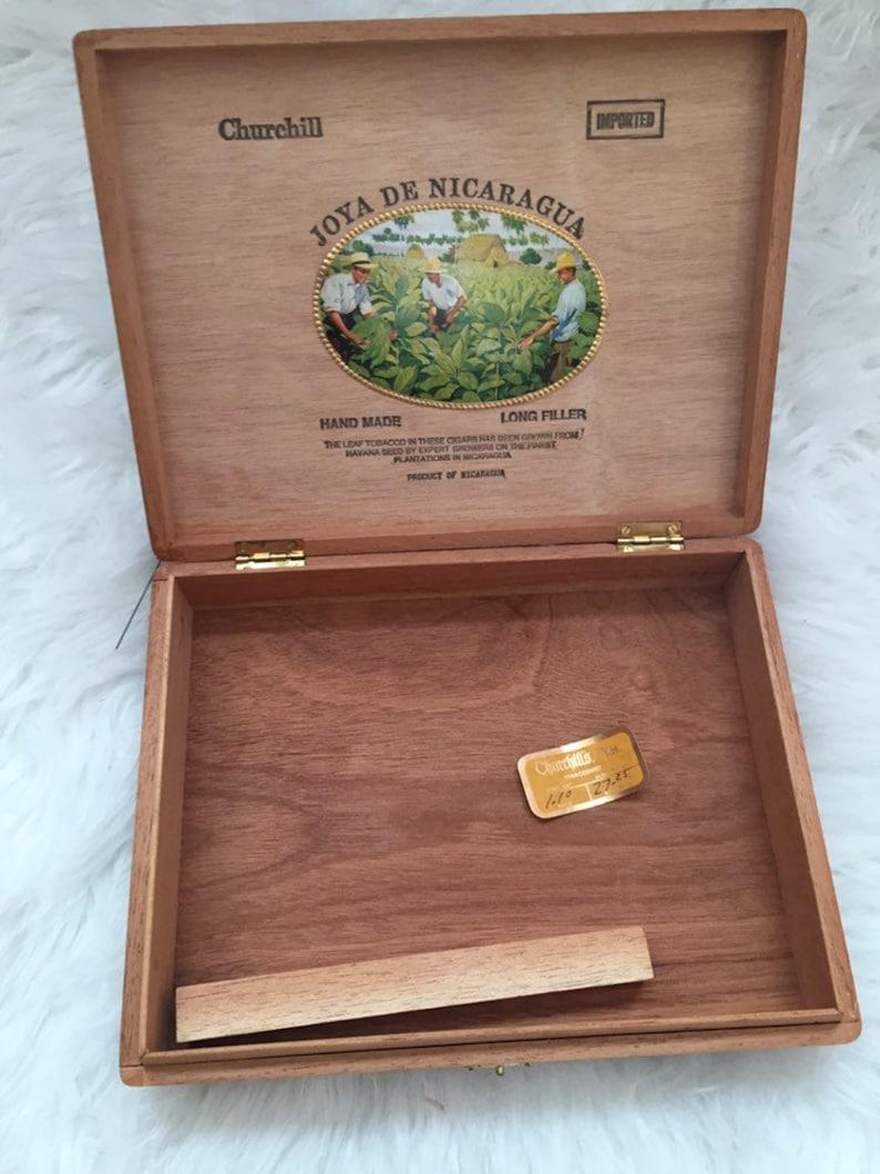 Joya De Nicaragua Churchill Handmade Tobacco Box