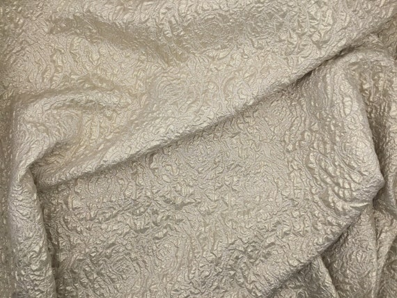 New gorgeous gold champagne silk blend metallic floral jacquard cloque fabric