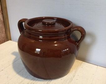 USA Jar 5.75 Covered Baker Dark Brown Roseville Ohio RRP Brown Drip Glaze Bean Pot with Lid