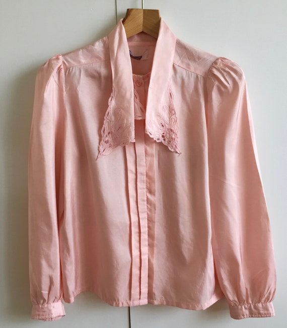 Vintage pink shirt with puff sleeves and poets co… - image 5