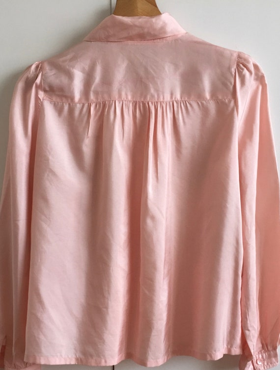 Vintage pink shirt with puff sleeves and poets co… - image 4