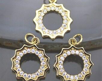 CHWS-40060 Cubic Zircon Pave /'Round/' Charm in Gold Vermeil 11mmx17mm size GemMartUSA
